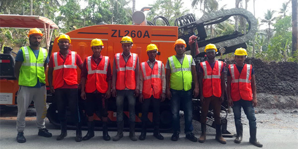 ZLCONN HDD Machine Team onsite 260A Shipment 04